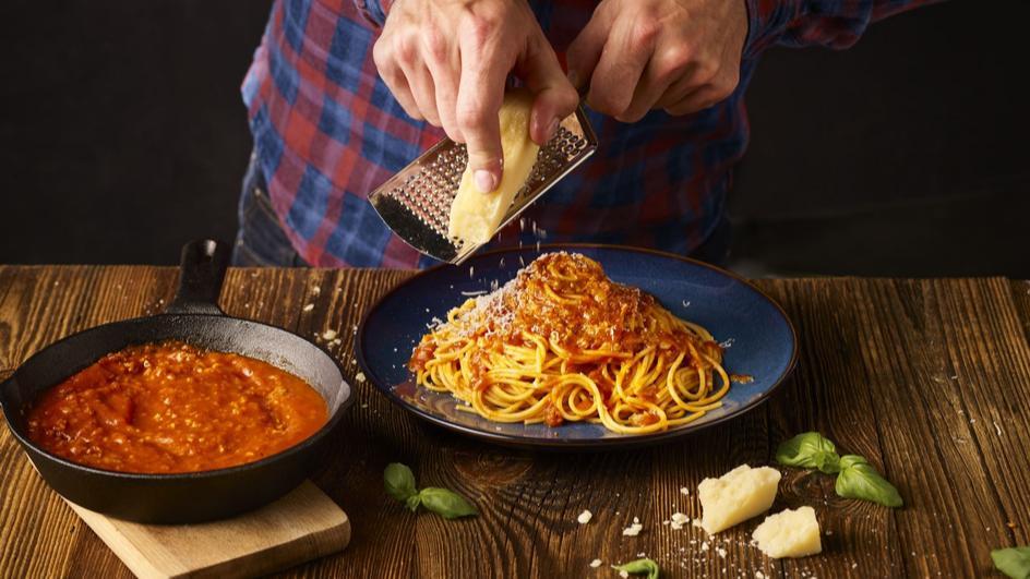 Proste spaghetti po bolońsku
