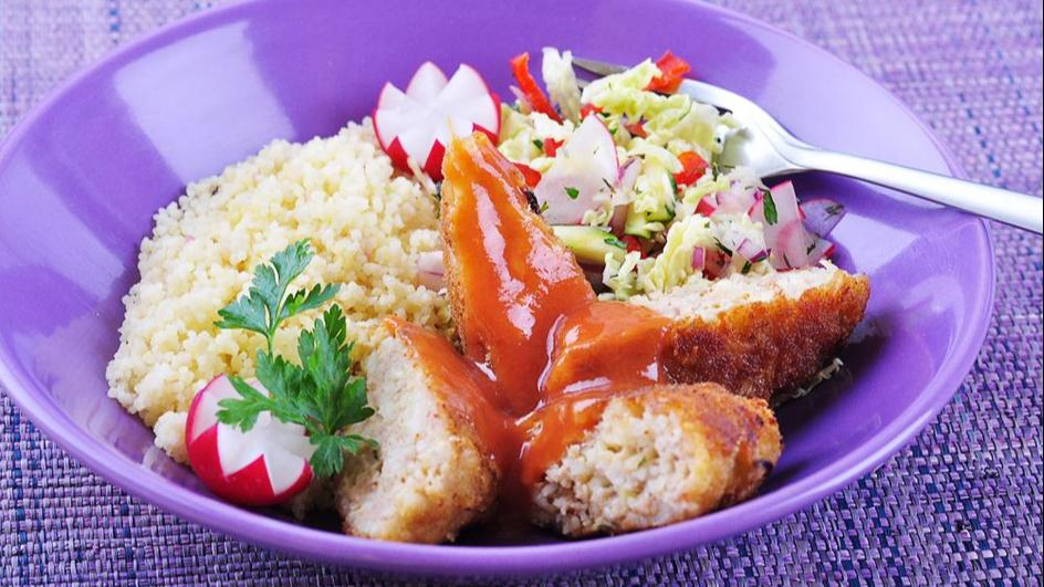 Kotlety z ryżem w sosie pomidorowym