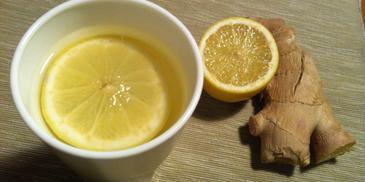 Napar z imbiru, z cytryną i miodem