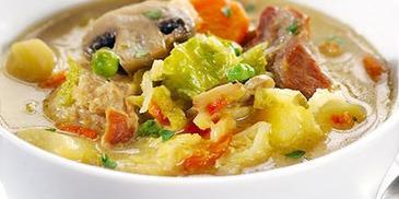 Zupa jarzynowa z mięsem