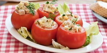 Pomidory faszerowane z szynką