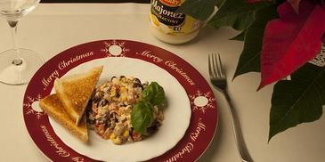 Sałatka z tuńczykiem i czerwoną fasolą