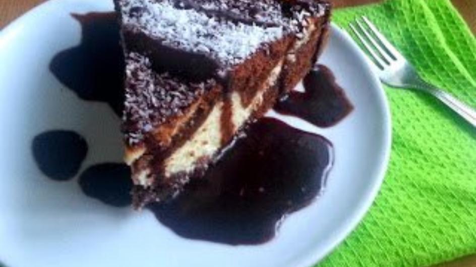 Sernik z murzynkiem i polewą czekoladową