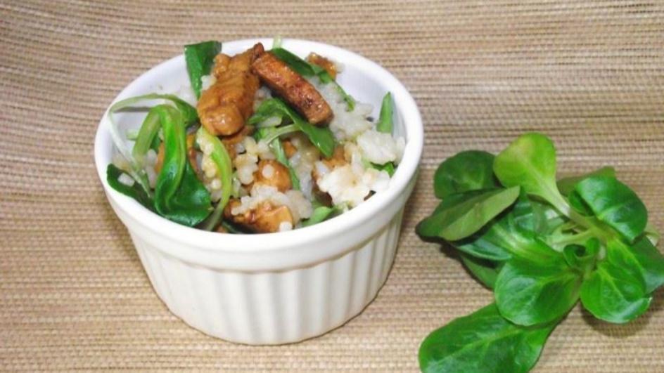 Ryż z kurczakiem w sosie sojowym