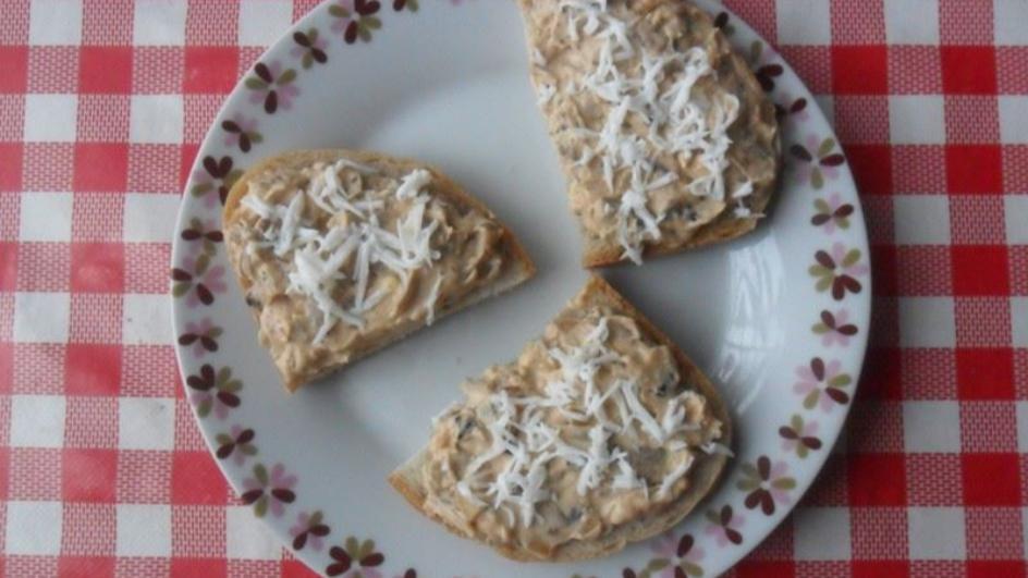 Pasta do chleba z pieczarek