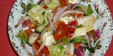Mix sałat w sosie koperkowo-ziołowym