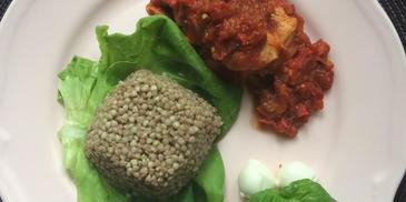 Kurczak w sosie słodko-kwaśnym z zieloną soczewicą