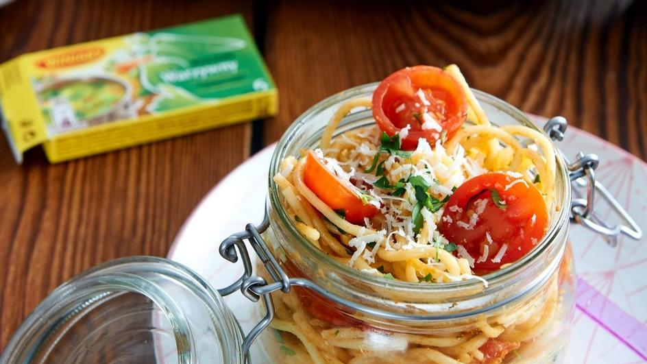 Spaghetti z pomidorkami koktajlowymi