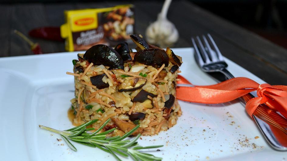 Kasza bulgur z vermicelli z podgrzybkami na ostro