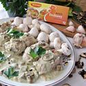 Mielone rolady w boczku z soczewicą w sosie grzybowym