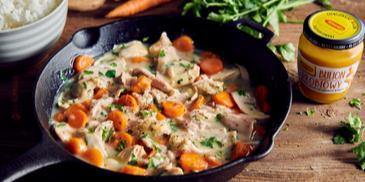Potrawka z kurczaka z marchewką i ryżem