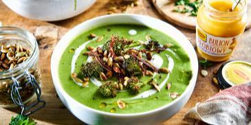 Zupa krem z brokułów z suszonymi pomidorami