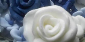 Róże do tortu i inne ozdoby
