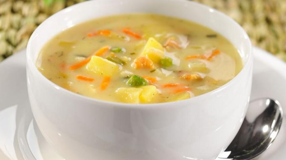 Zupa z młodą z kapustą