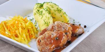 Polędwiczki z sosem pieprzowym