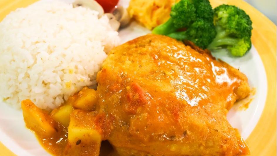 Udziec z indyka w sosie curry