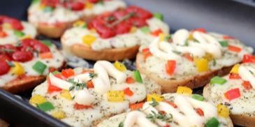 Kolorowe kanapki z pieca