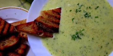 Zupa-krem ze świeżego ogórka