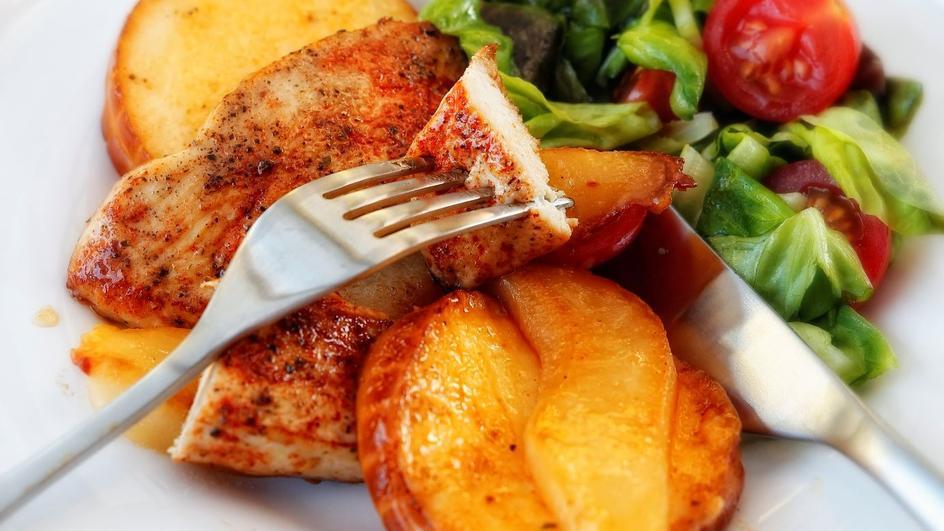 Filety z kurczaka z gruszkami