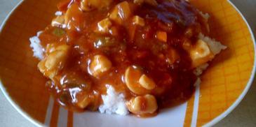 Ryż z sosem słodko-kwaśnym