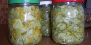Sałatka z zielonych ogórków