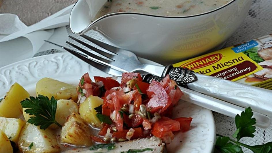 Sos do mięs na bazie kostki mięsnej
