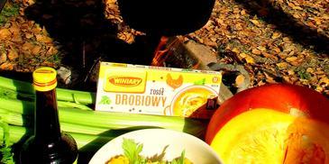 Makaron z kociołka w sosie serowym z pieczoną dynią