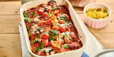 Naleśniki z pieczoną papryką zapiekane z pomidorkami koktajlowymi