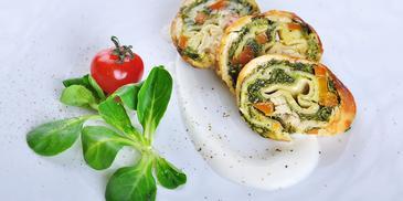 Rolada z kurczaka z warzywami