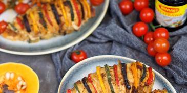 piersi kurczaka nadziewane warzywami i placuszki dyniowo cukiniowe
