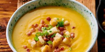 Zupa krem z pieczonej dyni z boczkiem