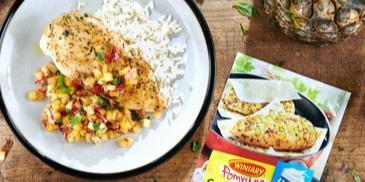 Pierś z kurczaka z salsą z ananasa i ryżem