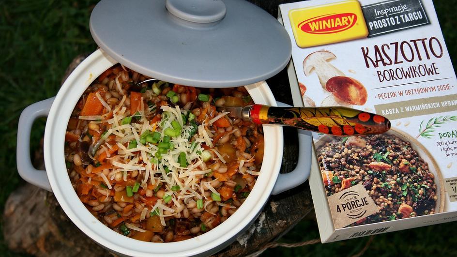 Kaszotto borowikowe z dynią i kolorowymi marchewkami