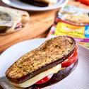Bakłażan z serem i pomidorem