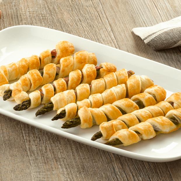 Grissini con asparagi, speck e sfoglia