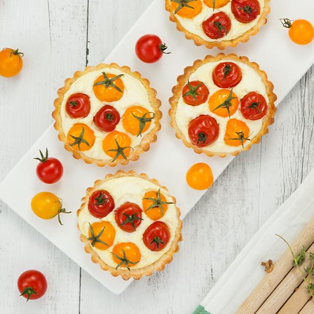 Mini torte salate ai pomodorini