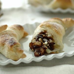 Cornetti alle pere e cioccolato