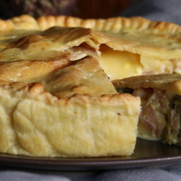 Pie con carciofi e prosciutto cotto