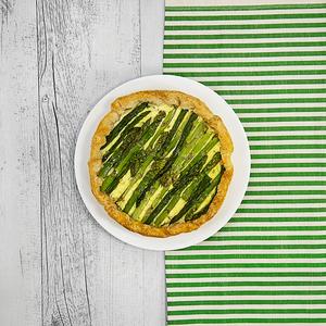 Torta salata senza glutine con asparagi
