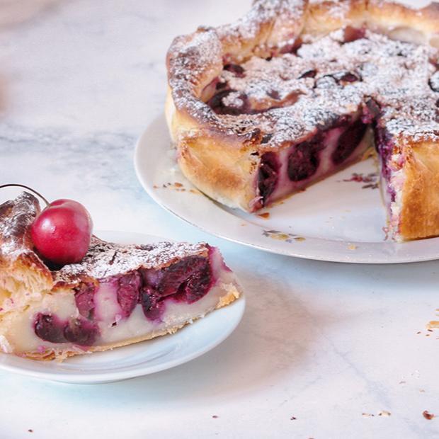 Torta con ciliegie