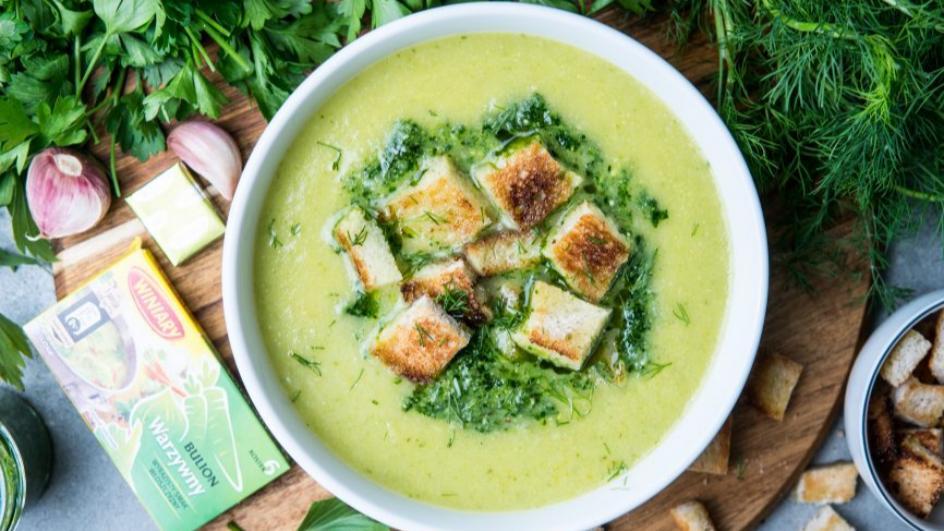 Zupa ziołowa ze świeżych ziół