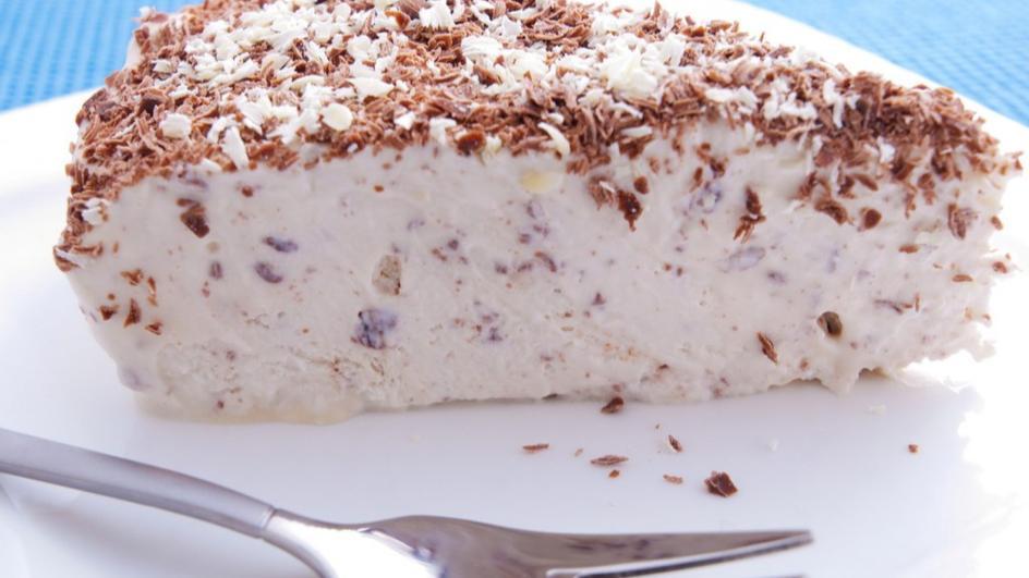 Домашна сладоледена торта Страчатела