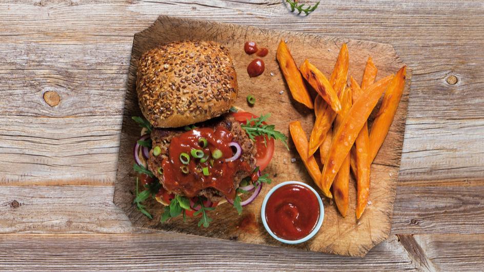 Veggie-Burger mit Mango-Curry-Sauce