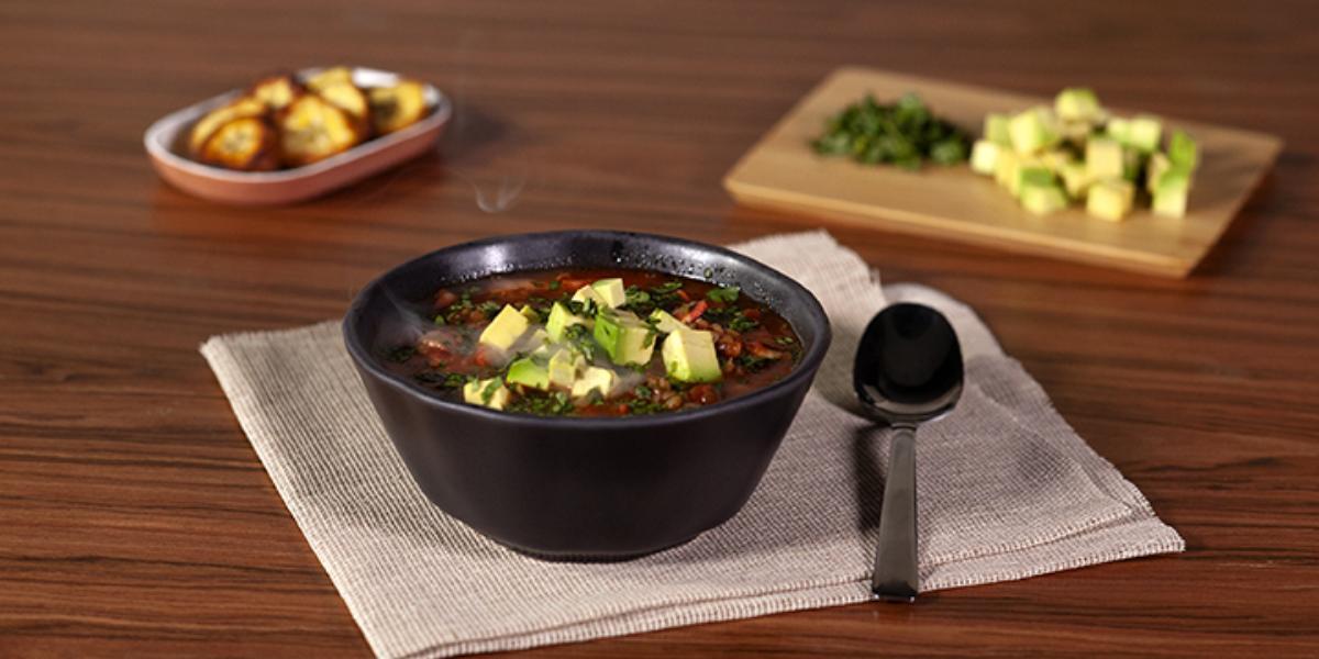 Sopa de lentejas a la mexicana