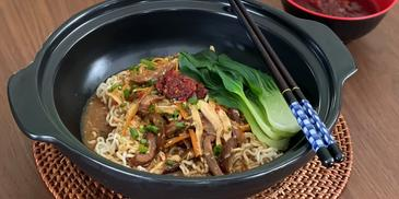 MAGGI Hot & Sour Noodle