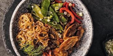 Chinese Chicken Stir-fry Noodles