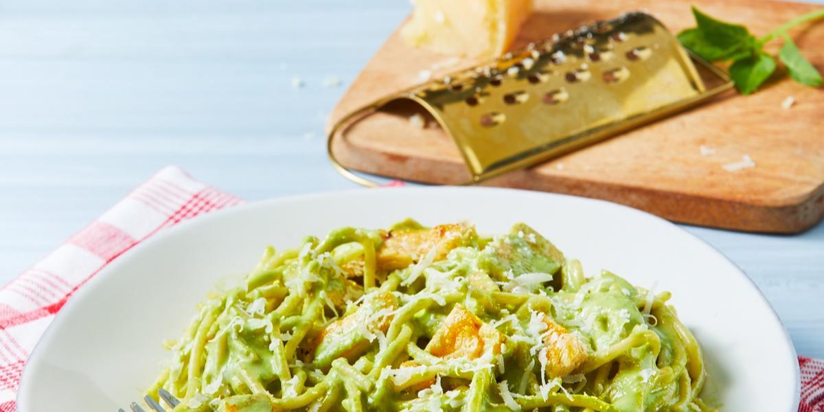Espagueti en salsa de cilantro