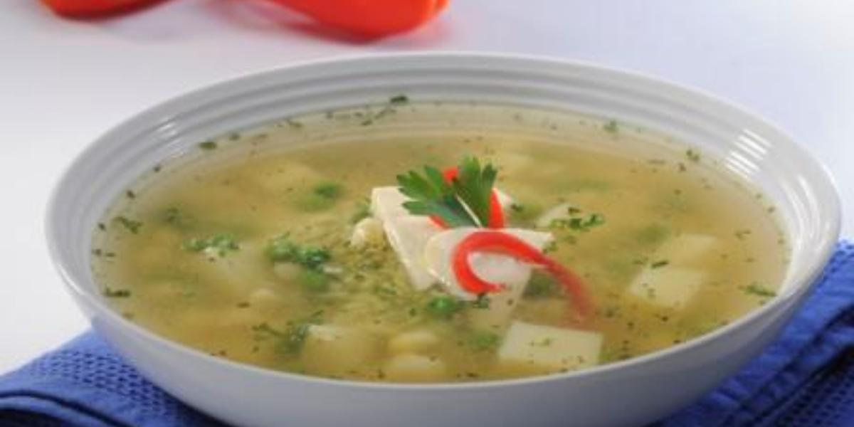 Sopa de arroz y choclito
