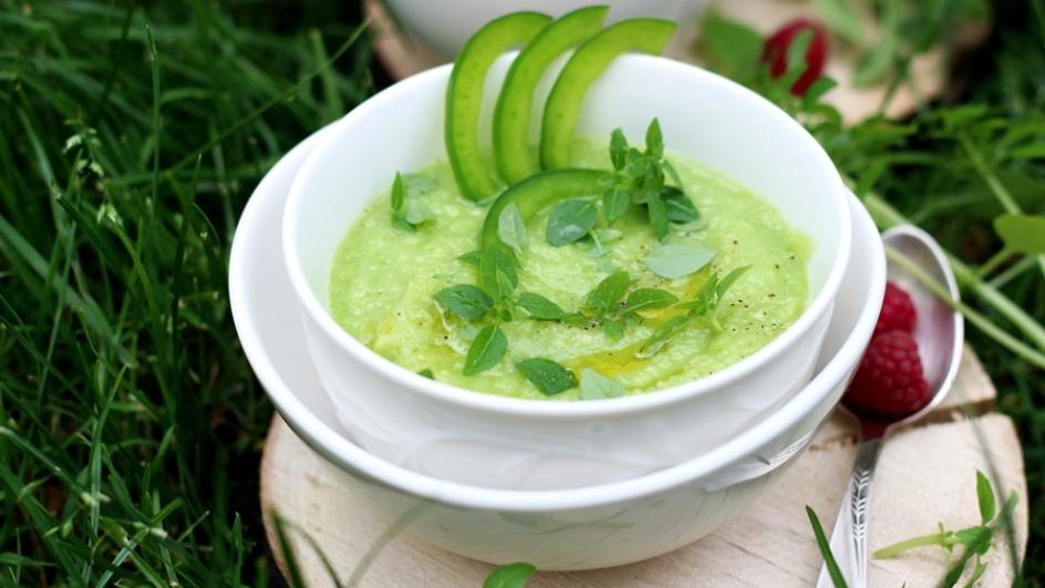 Przepis na gazpacho inne niż zwykle – zielone gazpacho