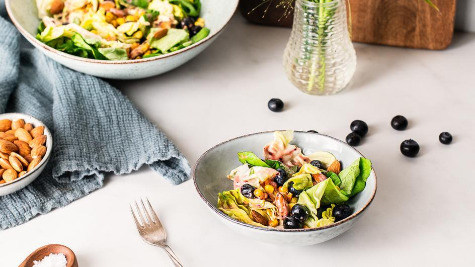 Bunter Blaubeer-Salat